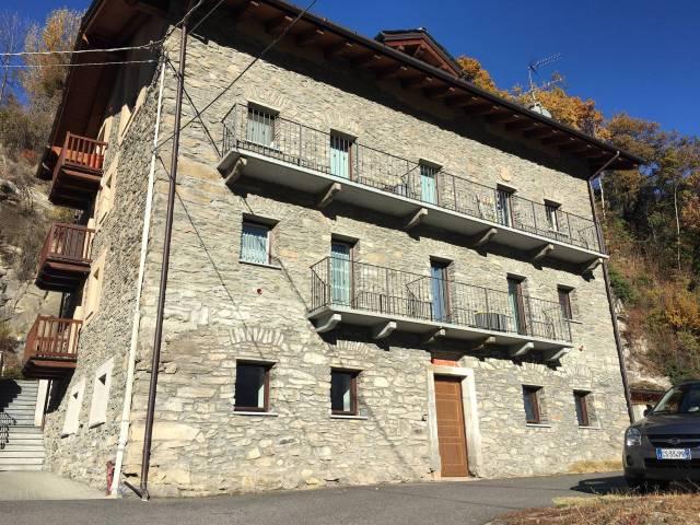 Appartamento in ottime condizioni arredato in vendita Rif. 4812114