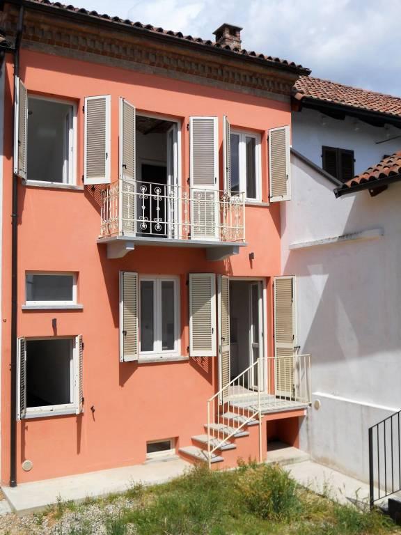 Rustico 5 locali in vendita a Montegrosso d'Asti (AT)