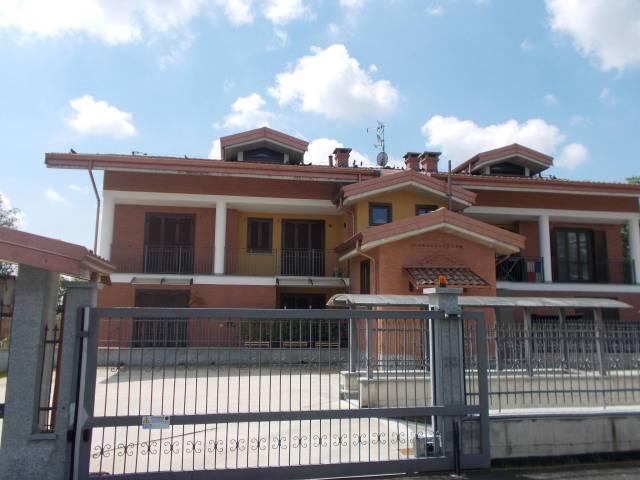 Appartamento in ottime condizioni in vendita Rif. 6582316