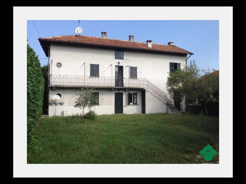 Villa in buone condizioni in vendita Rif. 9143244