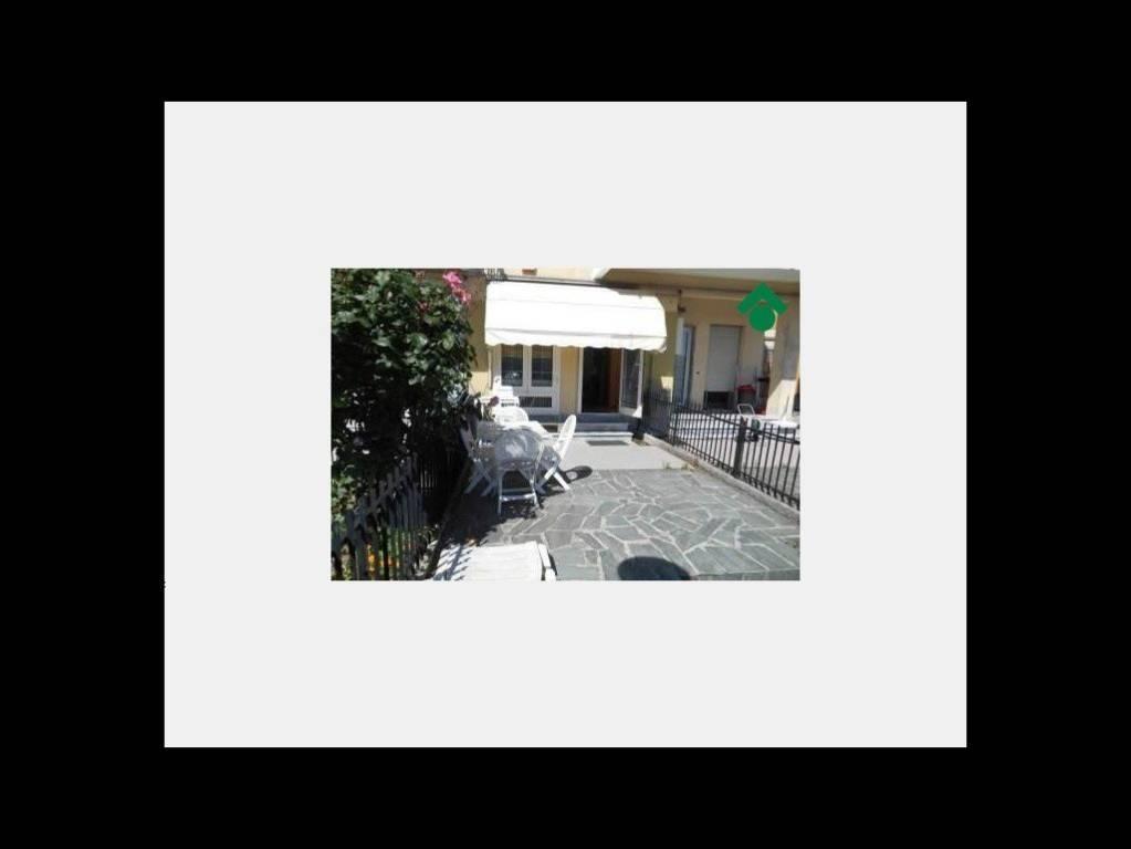 Appartamento in ottime condizioni arredato in vendita Rif. 9157350