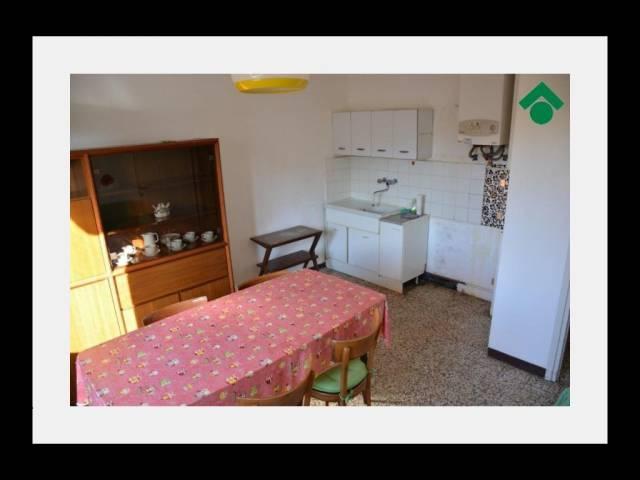 Bilocale Ronco Briantino Via San Giuseppe 3