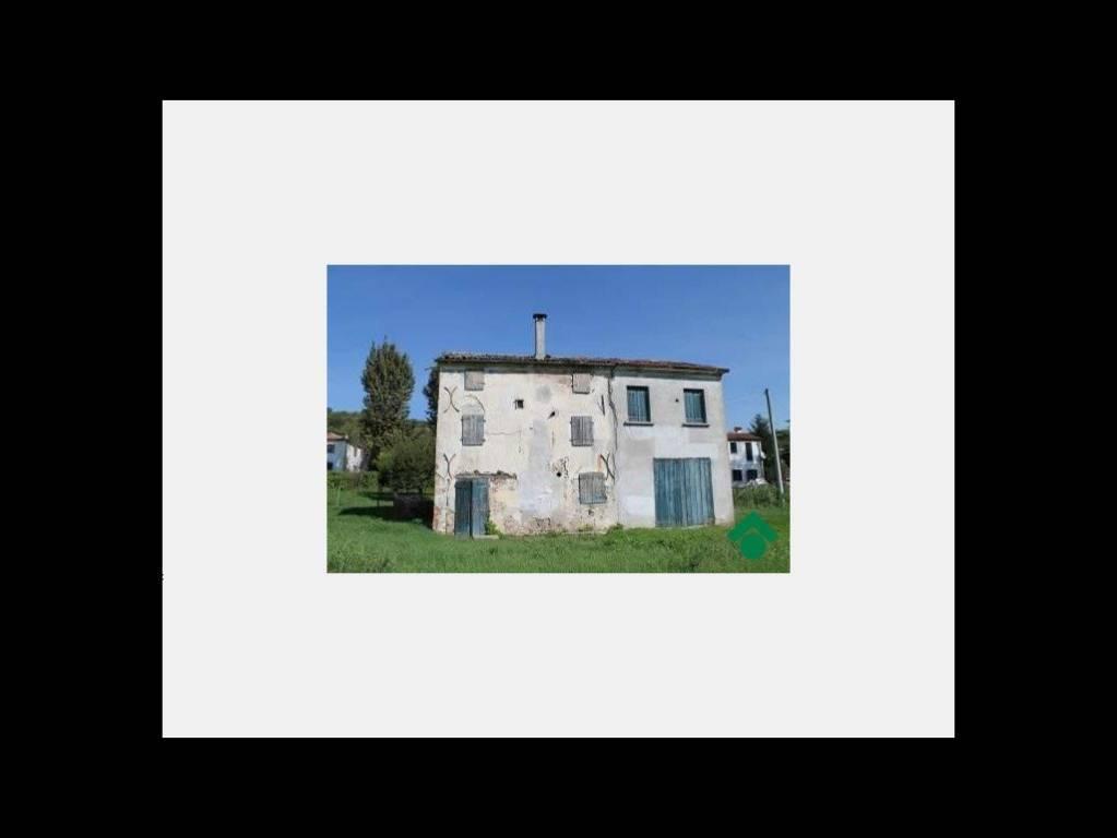 Rustico / Casale da ristrutturare in vendita Rif. 9158769