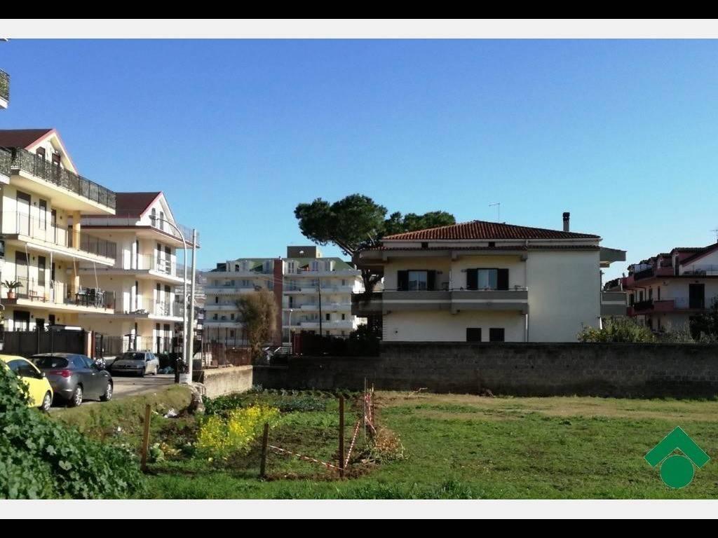 Appartamento in ottime condizioni arredato in vendita Rif. 9157767