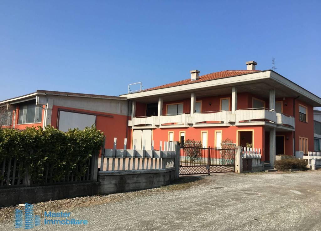 Foto 1 di Palazzo / Stabile via dell'Artigianato 13, Savigliano