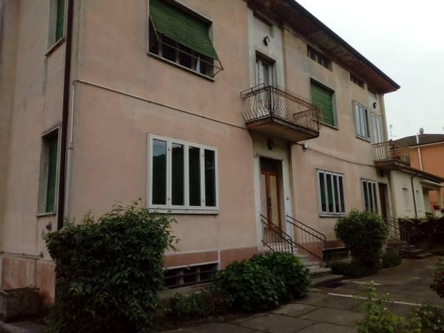 Villa in vendita a Castellucchio, 6 locali, prezzo € 130.000 | CambioCasa.it