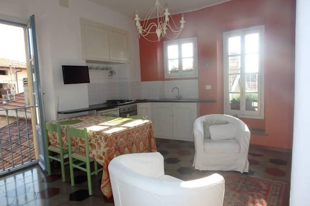 Appartamento in ottime condizioni arredato in affitto Rif. 6595110