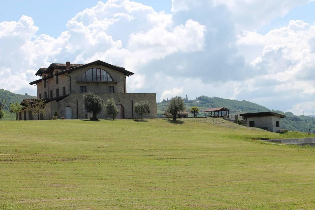 Villa 6 locali in vendita a Bubbio (AT)
