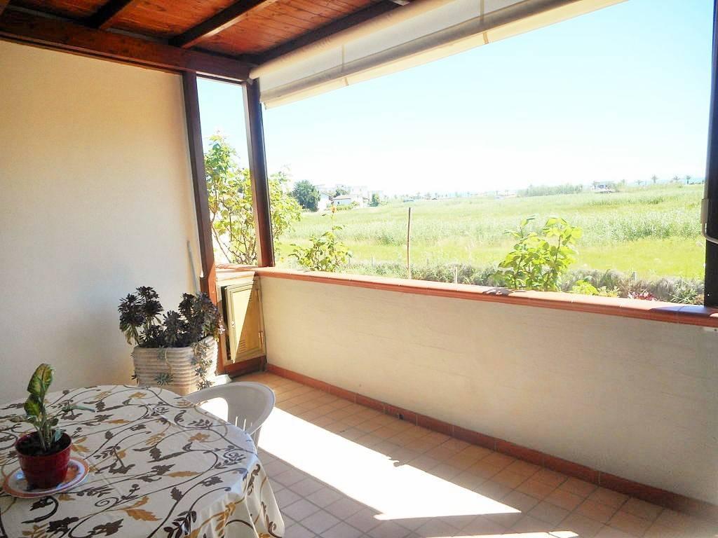 Appartamento in ottime condizioni in vendita Rif. 6595032