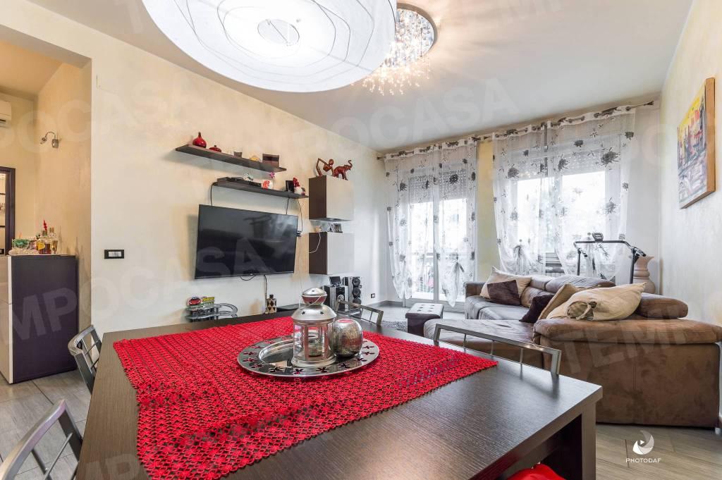 Appartamento in Vendita a Reggio Emilia: 3 locali, 115 mq