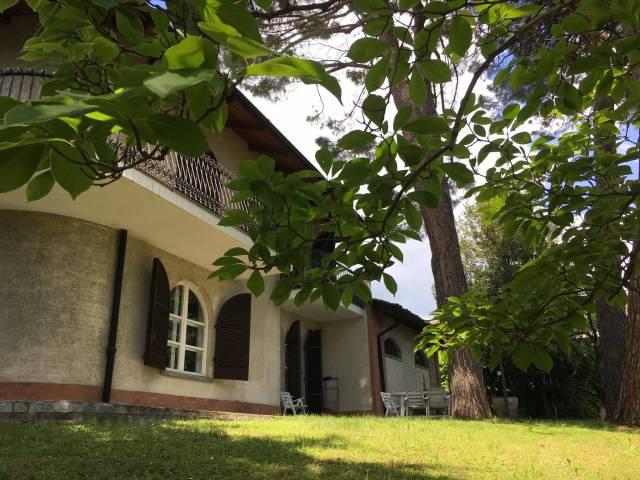 Villa in affitto a Chieri, 6 locali, prezzo € 2.000 | CambioCasa.it