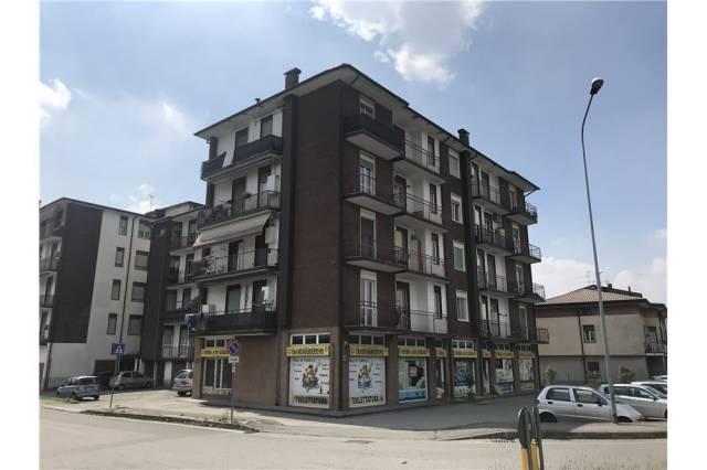 Appartamento trilocale in vendita a Barzago (LC)