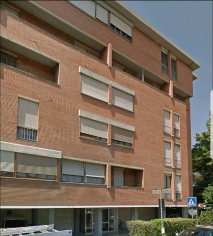 Appartamento in buone condizioni in vendita Rif. 6611179