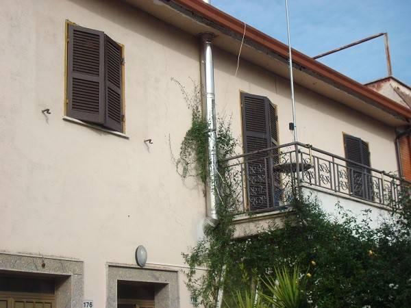 Montelibretti: appartamento quadrilocale
