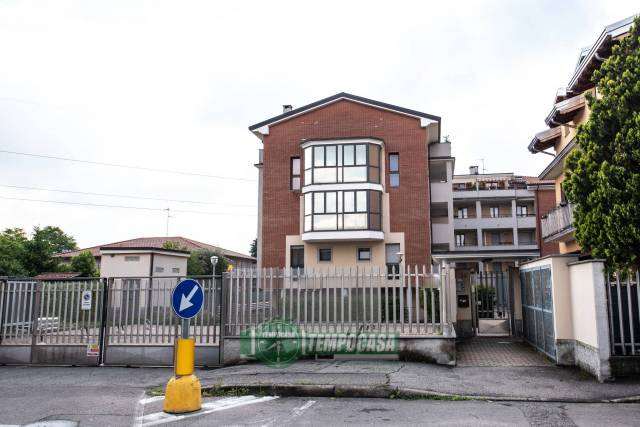 Appartamento in ottime condizioni in vendita Rif. 6609418