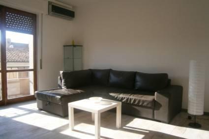 Appartamento in ottime condizioni arredato in affitto Rif. 6607805