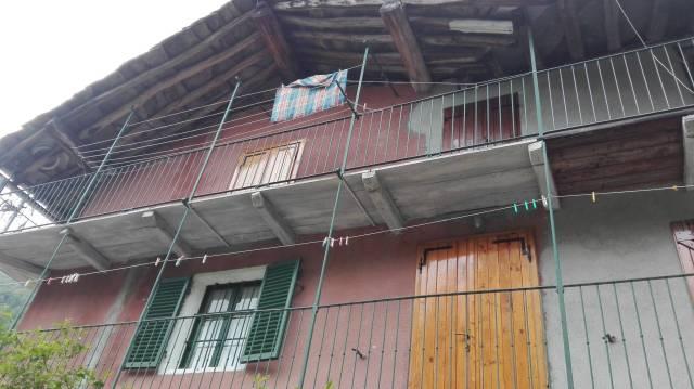 Appartamento in buone condizioni in vendita Rif. 6923112