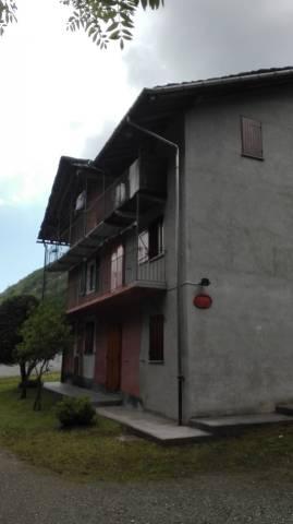 Appartamento in buone condizioni in vendita Rif. 6923113