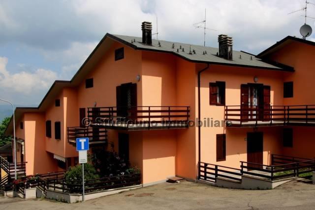 Appartamento in buone condizioni arredato in vendita Rif. 6615894