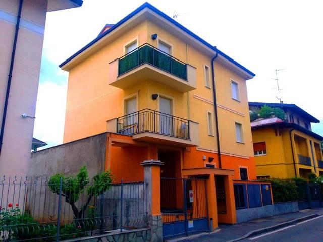 Appartamento in buone condizioni in vendita Rif. 6616207