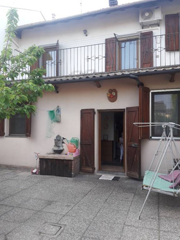 Villa in buone condizioni in vendita Rif. 6627028