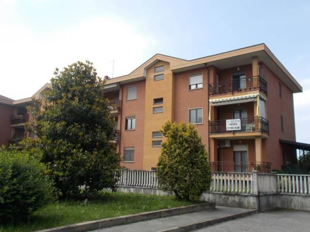 Appartamento in ottime condizioni in vendita Rif. 6582317