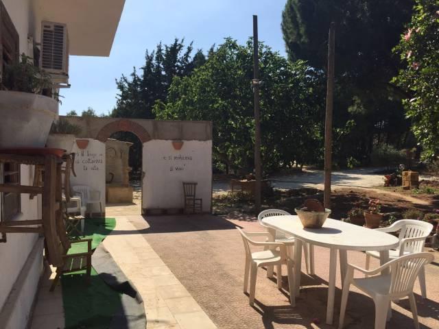 Villa in ottime condizioni arredato in affitto Rif. 6623990