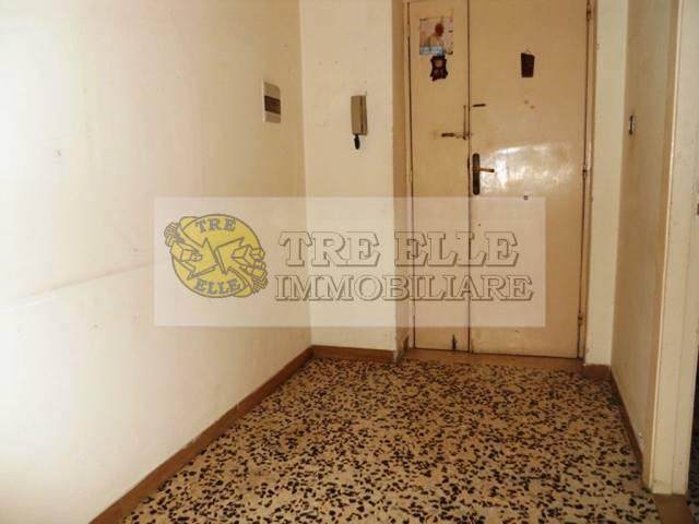 Appartamento da ristrutturare in vendita Rif. 5048580