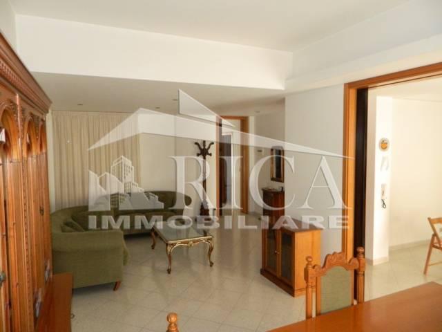 Appartamento 5 locali in vendita a Alcamo (TP)