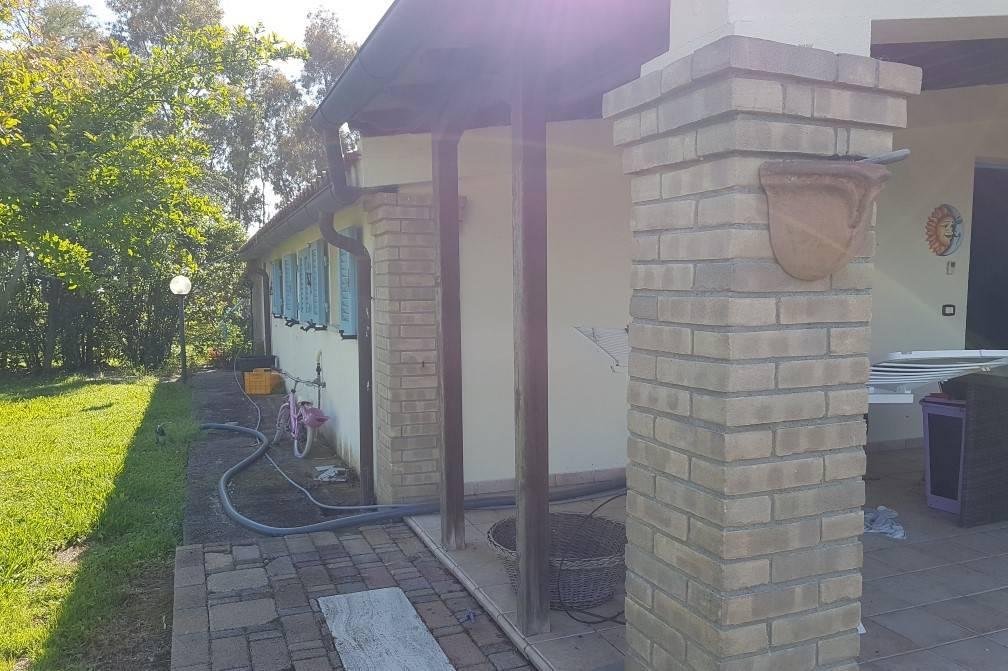 Rustico / Casale da ristrutturare parzialmente arredato in vendita Rif. 8230891