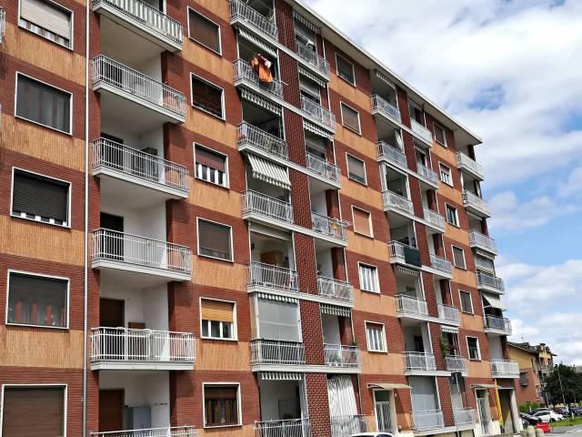 Appartamento in ottime condizioni arredato in affitto Rif. 6628427