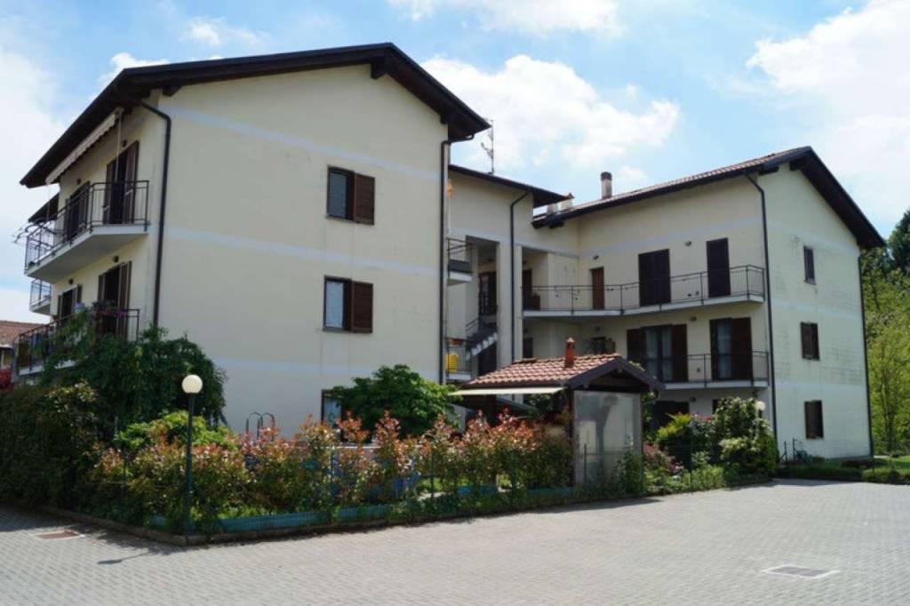 Appartamento in vendita a Castelletto Sopra Ticino, 3 locali, prezzo € 137.000 | CambioCasa.it