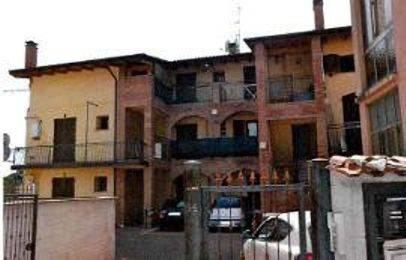 Appartamento in buone condizioni in vendita Rif. 8925926