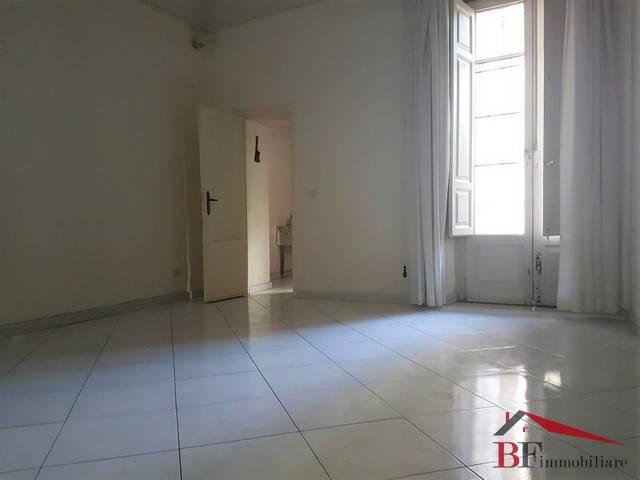 Locale commerciale monolocale in affitto a Catania (CT)