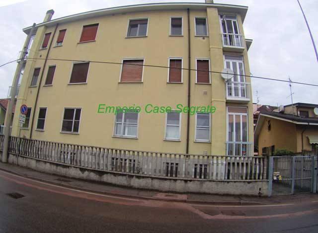 Appartamento in buone condizioni arredato in affitto Rif. 6625153