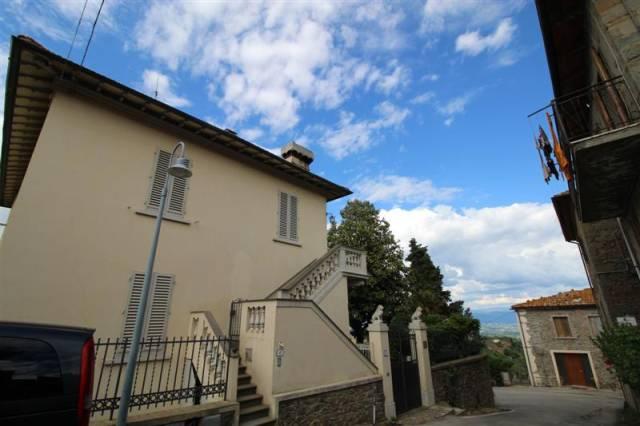 Appartamento quadrilocale in affitto a Montevarchi (AR)
