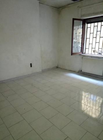 Appartamento da ristrutturare in vendita Rif. 6624153
