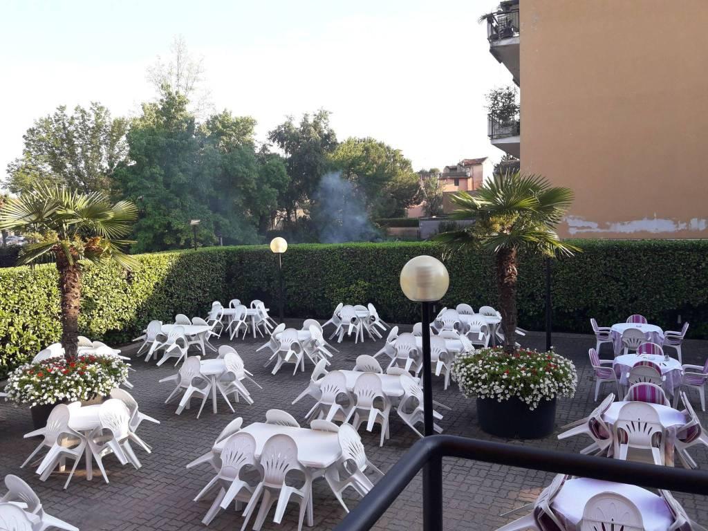 Ristorante / Pizzeria / Trattoria in vendita a Manerbio, 6 locali, prezzo € 550.000 | CambioCasa.it