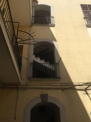 Appartamento da ristrutturare in vendita Rif. 6624154