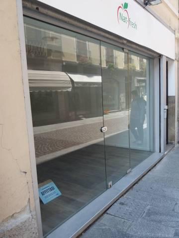 Negozio monolocale in affitto a Cremona (CR)