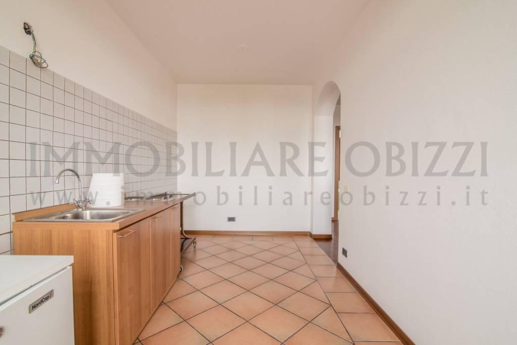 Appartamento in ottime condizioni in vendita Rif. 6646210
