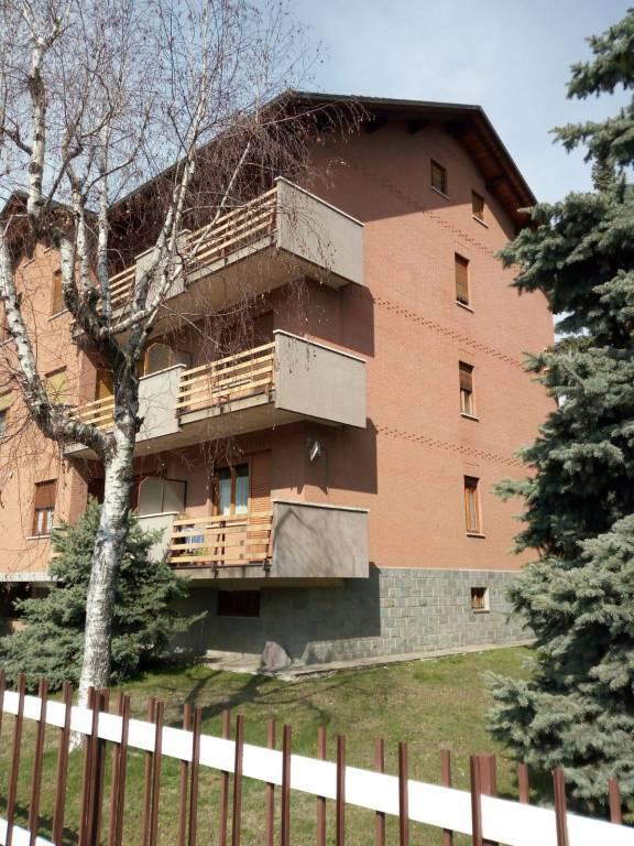 Appartamento in buone condizioni in vendita Rif. 6647095