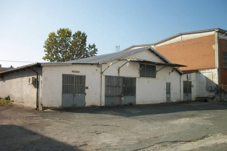 Capannone in vendita a Rosta, 6 locali, prezzo € 115.000 | CambioCasa.it