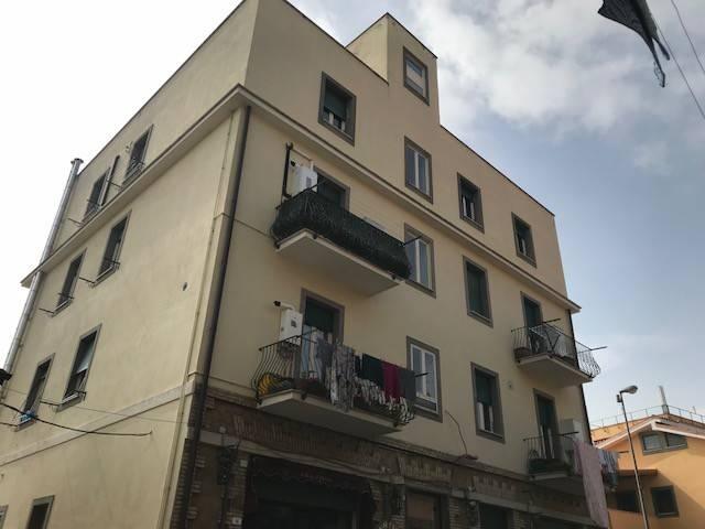 Appartamento in ottime condizioni parzialmente arredato in affitto Rif. 8703300