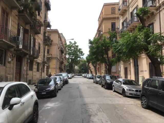 Laboratorio in Affitto a Palermo Centro: 1 locali, 205 mq