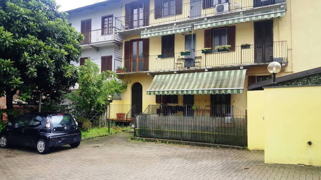 Appartamento in ottime condizioni in vendita Rif. 6580763