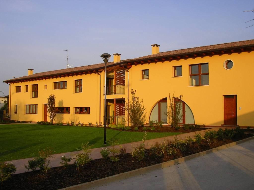 Appartamento in affitto Rif. 6648685