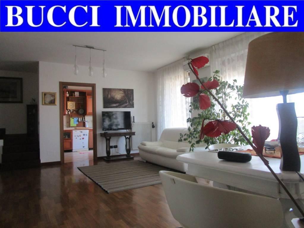 Attico / Mansarda in vendita a Pescara, 3 locali, prezzo € 260.000 | PortaleAgenzieImmobiliari.it