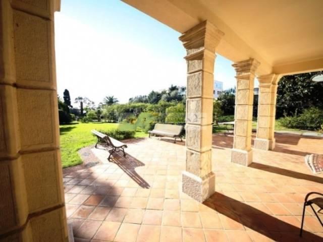 Villa in Vendita a San Remo Semicentro: 5 locali, 1600 mq