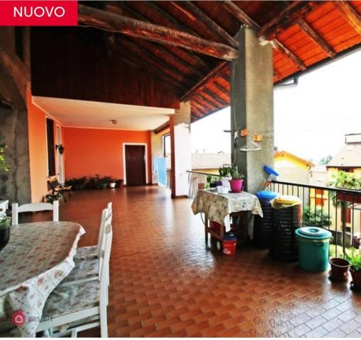 Appartamento in ottime condizioni in vendita Rif. 6647358